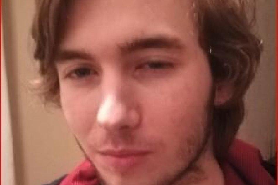 FOTO: Muži zákona pátrajú po tomto mladíkovi zo Spišskonovoveského okresu