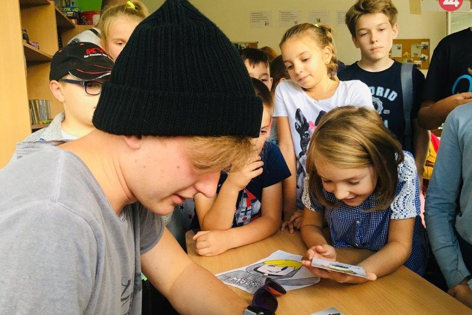 Vyvolal obrovský záujem: Prešovských fanúšikov navštívil YouTuber MOON