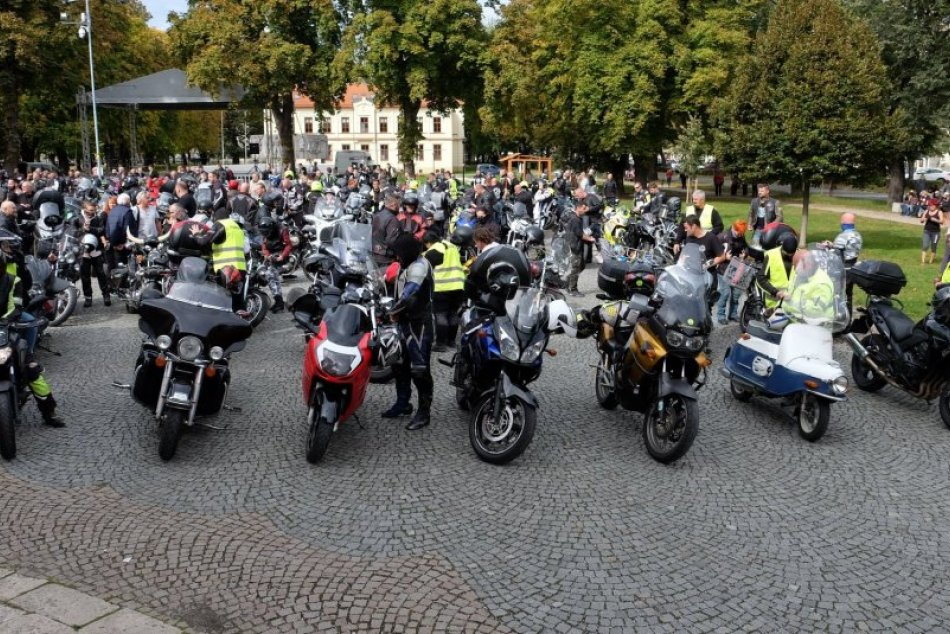 OBRAZOM: Motorkári ukončili tohtoročnú sezónu spoločnou jazdou