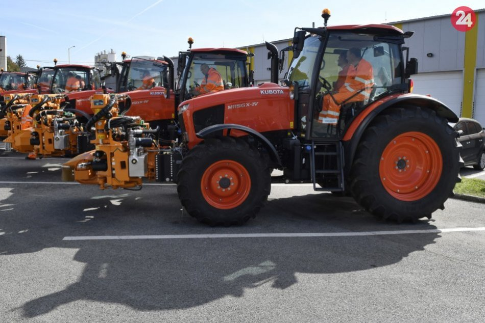 Dobrá správa: Staré vozidlá pre údržbu ciest v PSK vymenili za nové