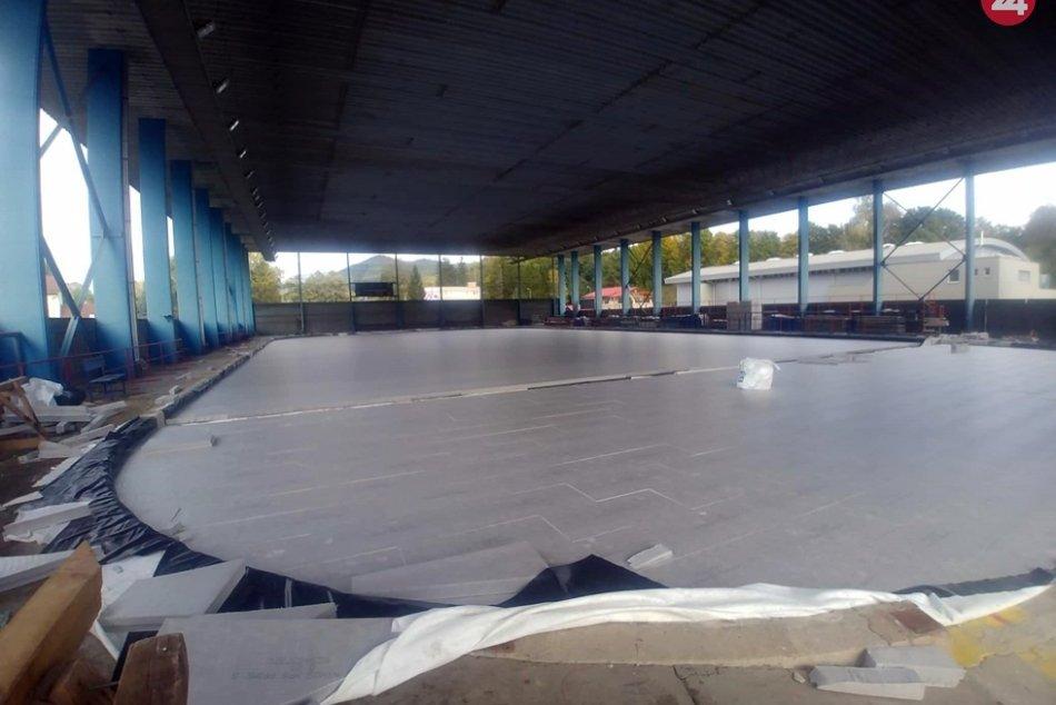 Obrazom: Prebieha rekonštrukcia zimáku v Rožňave