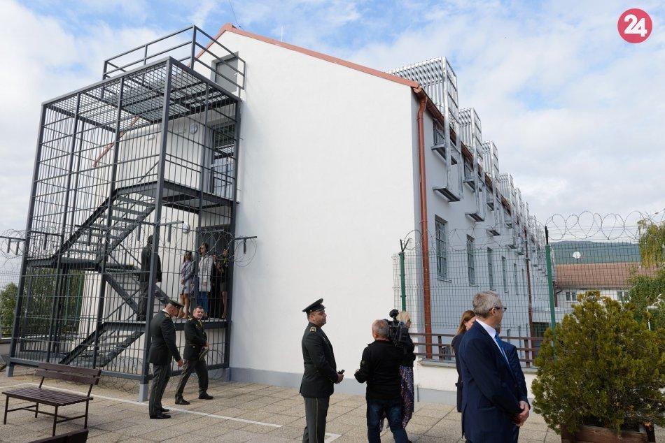 Ženská väznica v Nitre má nové priestory: Rekonštrukciou zvýšili kapacitu, FOTO