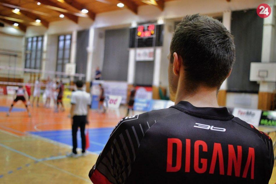 Vedie volejbalistov Prešova: Erik Digaňa sa stal trénerom v mladom veku