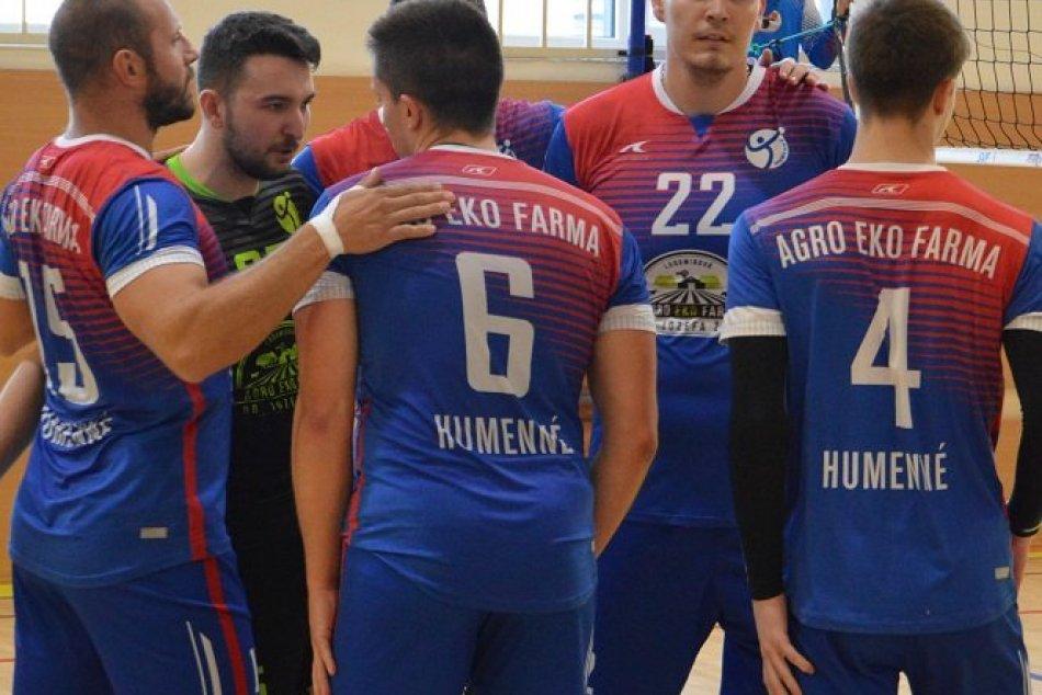 FOTO: Volejbalisti ŠK Gymnázium Humenné počas zápasu s VK MIRAD PU Prešov B