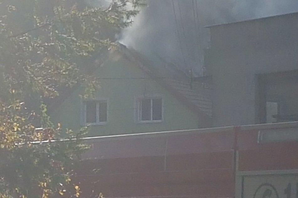 Požiar domu v Kremnici: Momenty hrôzy na fotkách