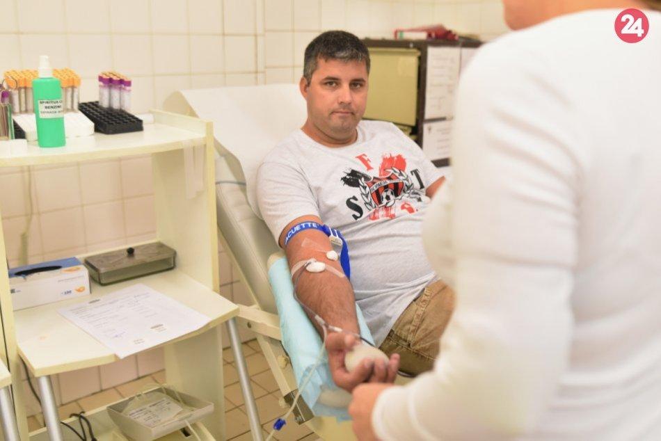 48. Červeno-čírna kvapka krvi Ladislava Kunu