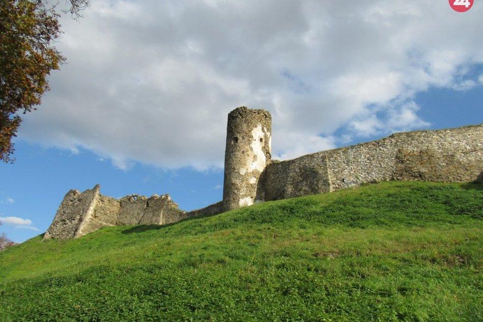 FOTO jesene a výhľadov zo Šarišského hradu