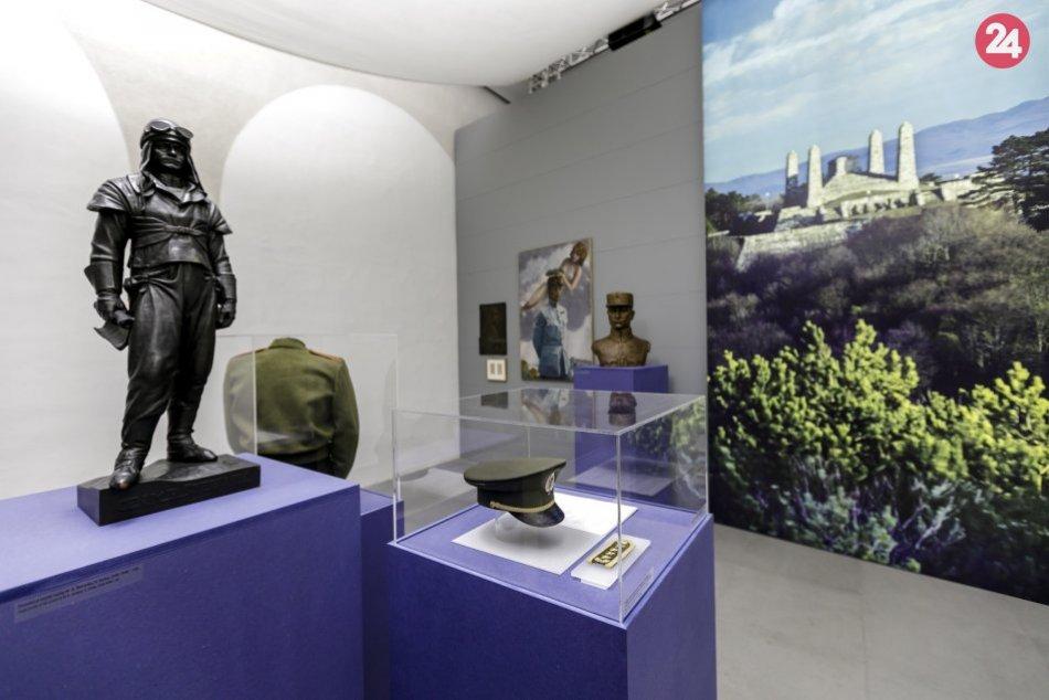 Expozícia výstavy Milan Rastislav Štefánik: Generál - osloboditeľ