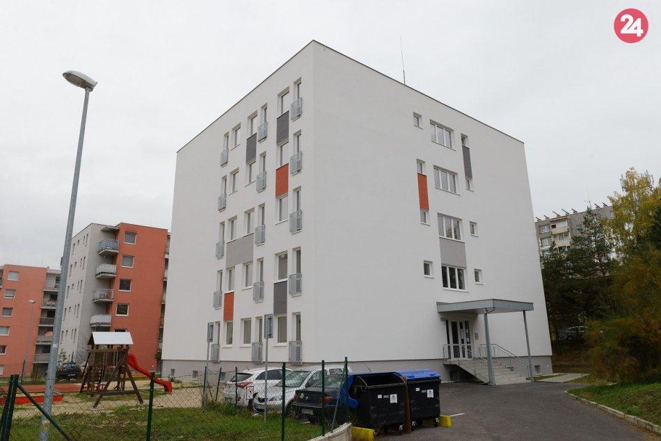 Radnica odovzdala nové byty: Nahliadnite do interiéru, FOTO a VIDEO