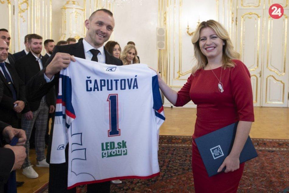 Prezidentka prijala hokejbalistov i lyžiarku Farkašovú