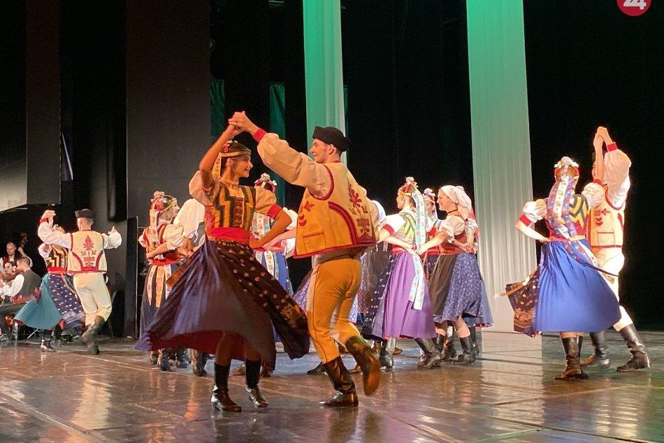 Dúbrava má 40 rokov: Prešovský folklórny súbor oslavoval