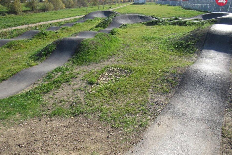 FOTO pumptracku na Rusínskej: Vznikol priestor pre cyklistov
