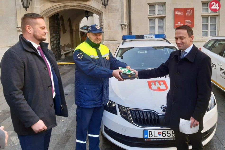 Defibrilátory pre Mestskú políciu Bratislava