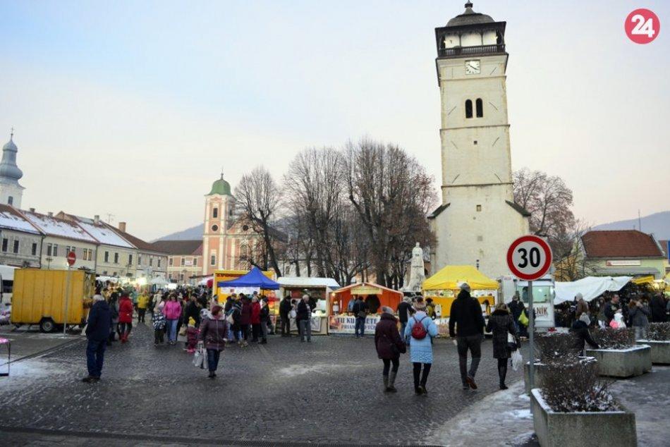Obrazom: Pravá sviatočná atmosféra v Rožňave (Vianočné trhy 2019)