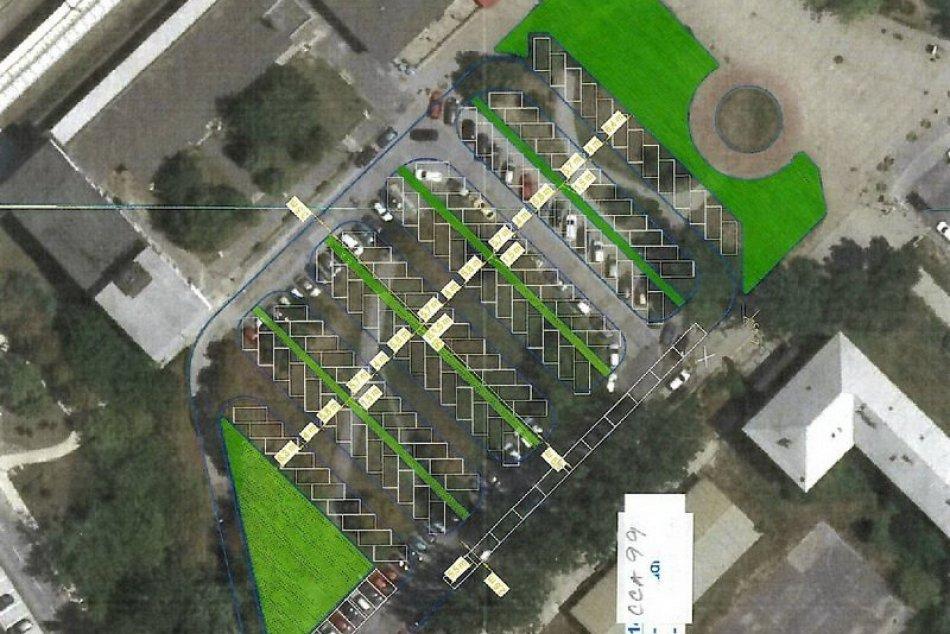 Navrhnutá lokalita na vybudovanie parkoviska pred železničnou stanicou v Zámkoch