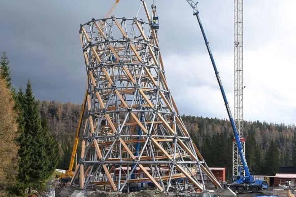 Veža sa stavia napriek petícii: Bude niesť meno legendárneho horolezca