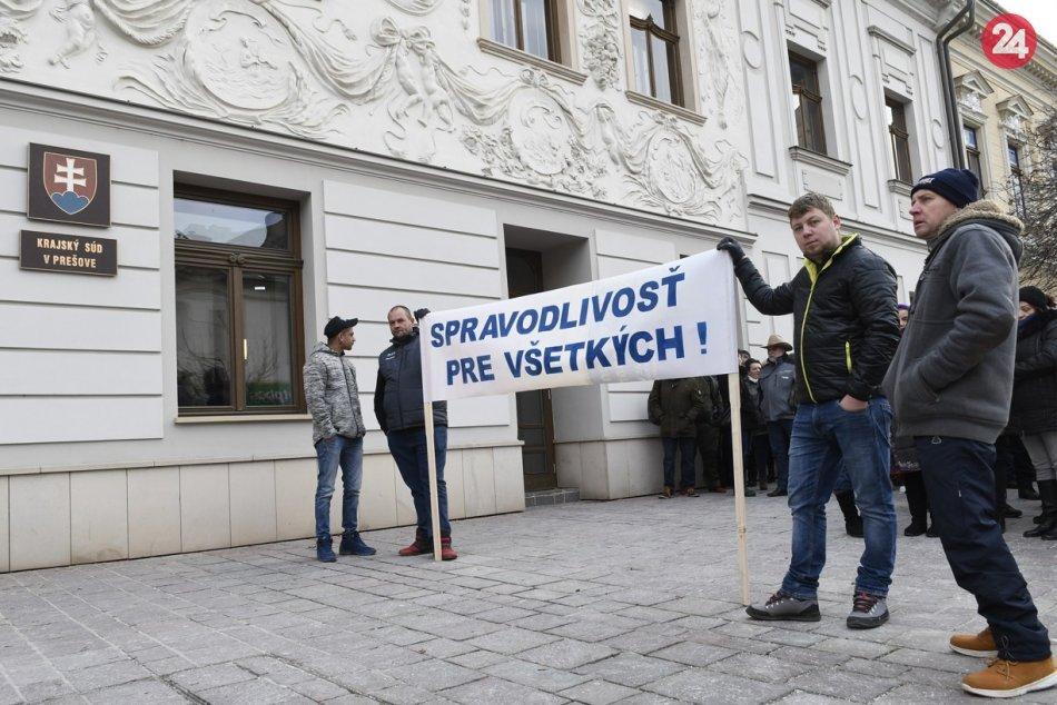 V Prešove sa rozhodovalo o väzbe troch živnostníkov po výbuchu plynu