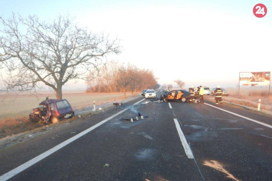 Tragická dopravná nehoda: V akcii boli aj leteckí záchranári, vodič auta nepreži