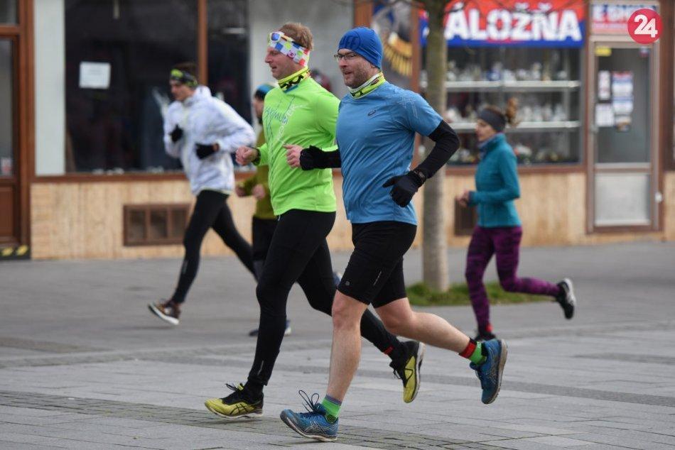 Trnava privítala nový rok tradičným behom: Športovci prekonali rekord, FOTO