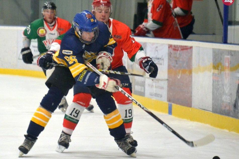 Boj o víťaza vianočného turnaja v hokeji na prešovskom sídlisku Sekčov