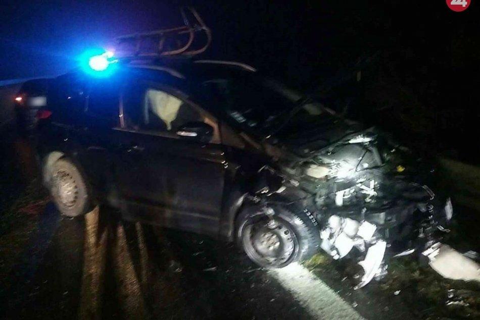 OBRAZOM: Na Zemplíne došlo k zrážke 5 áut, šesť ľudí utrpelo zranenia