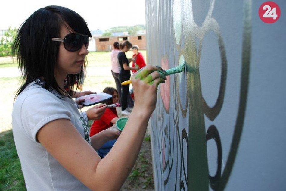 Obrazom: Dnes už zbúranú bytovku v Prešove maľovali pred 10 rokmi