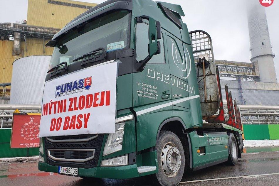 FOTO: Štrajk dopravcov v Ružomberku