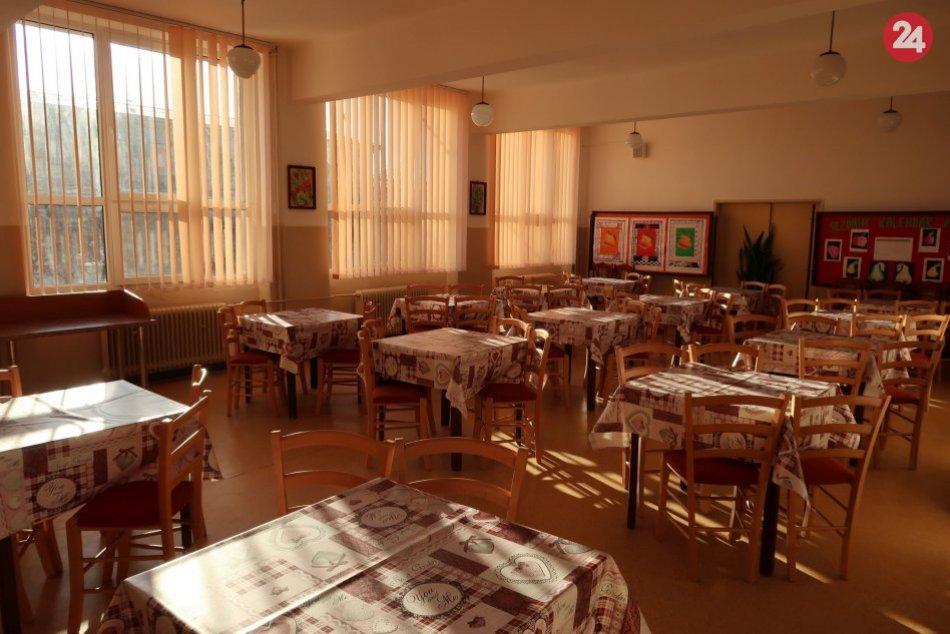 V OBRAZOCH: VJelšave odovzdali do užívania zrekonštruovanú školskú kuchyňu