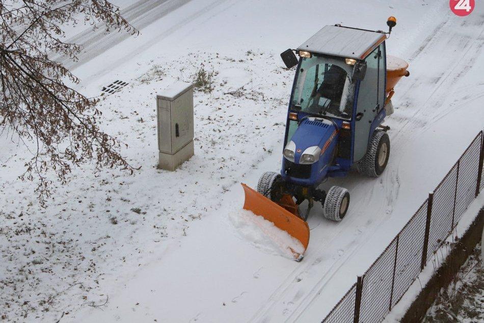 V OBRAZOCH: V januári 2019 zasiahlo Zvolen husté sneženie