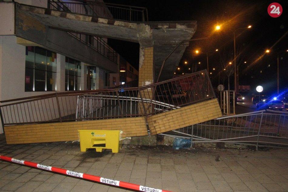 Obrazom: Na Šváboch v Prešove spadlo zábradlie