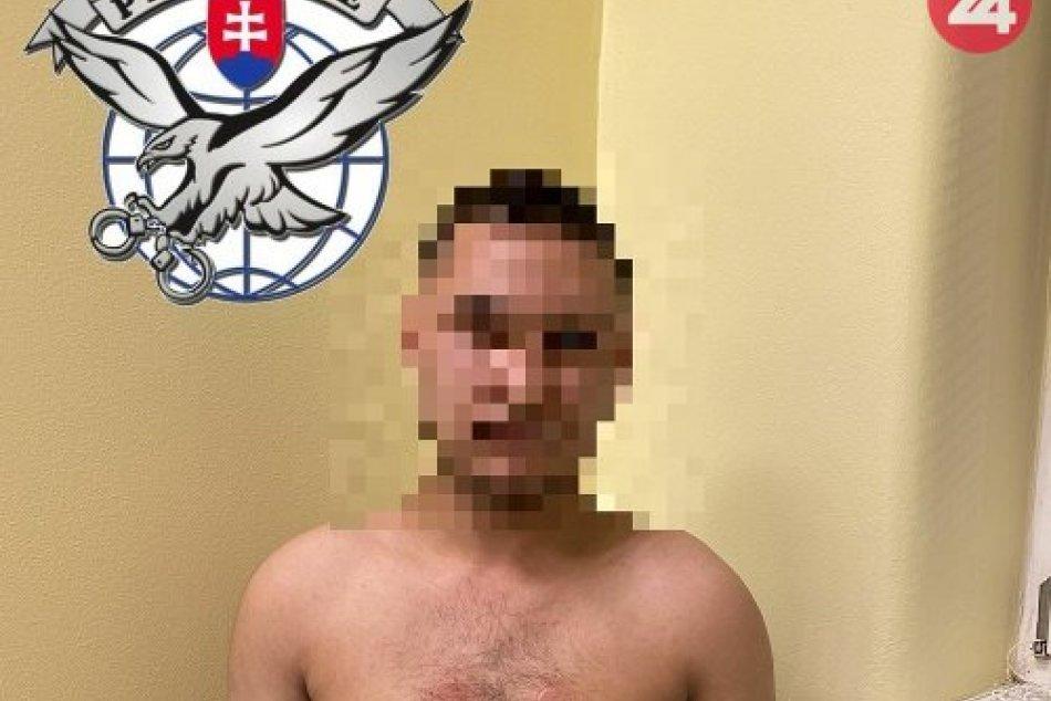 Lovci lebiek vypátrali muža na úteku v Krompachoch