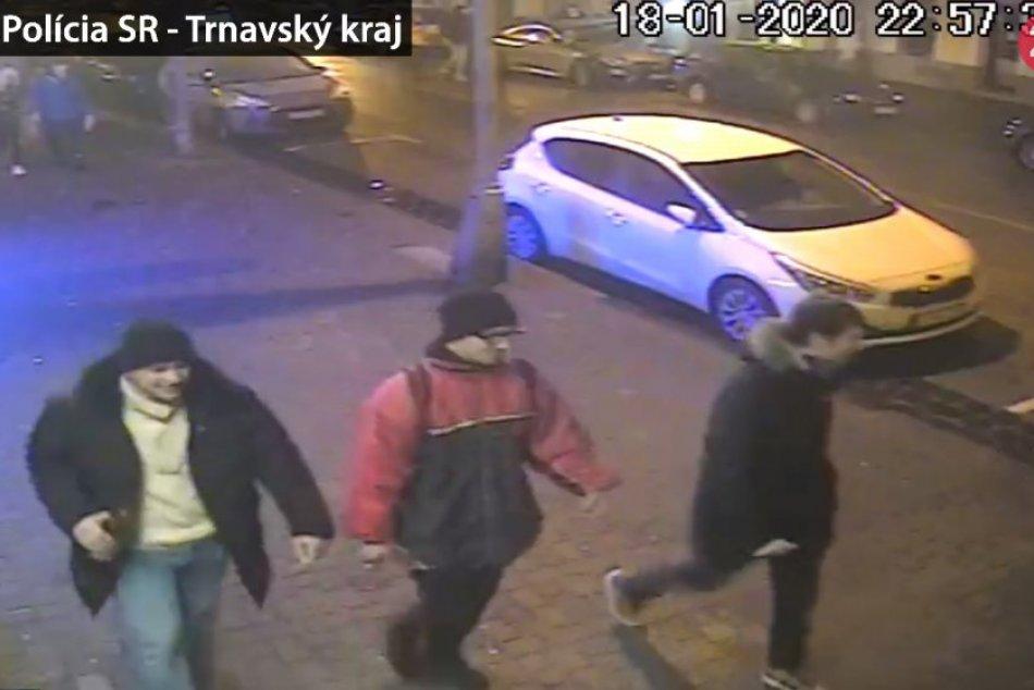 Polícia hľadá svedkov útoku, ktorý sa stal v centre Trnavy