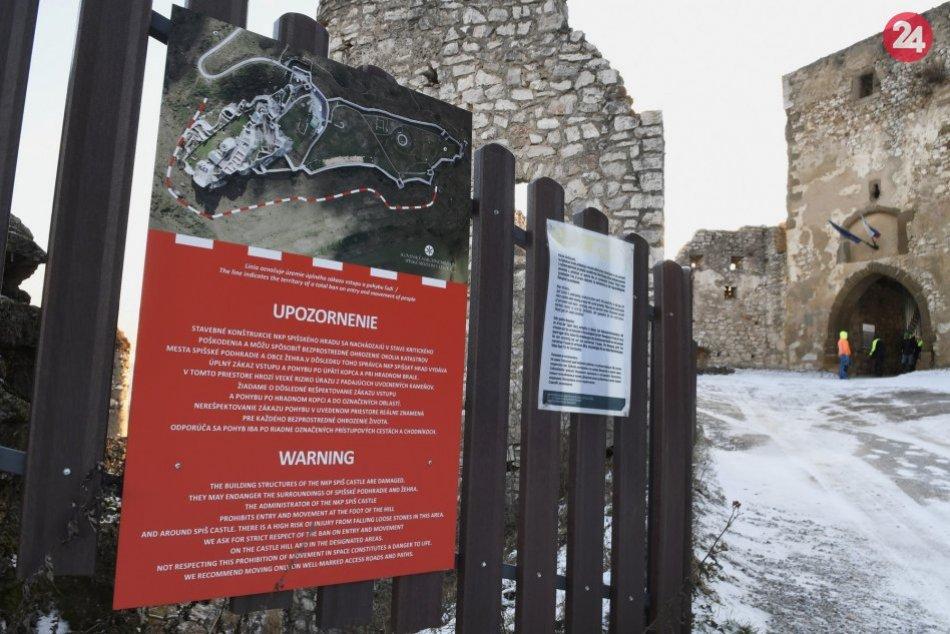 OBRAZOM: Na nebezpečenstvo v okolí Spišského hradu upozorňujú tabule