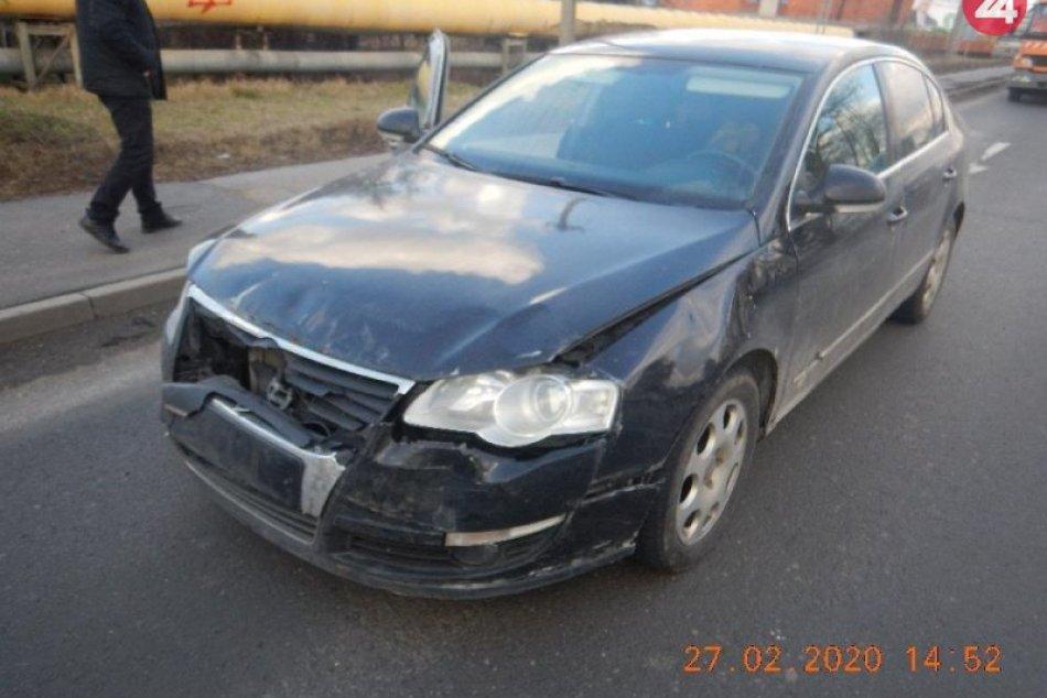 Reťazová nehoda aj s účasťou ženy z Brezna