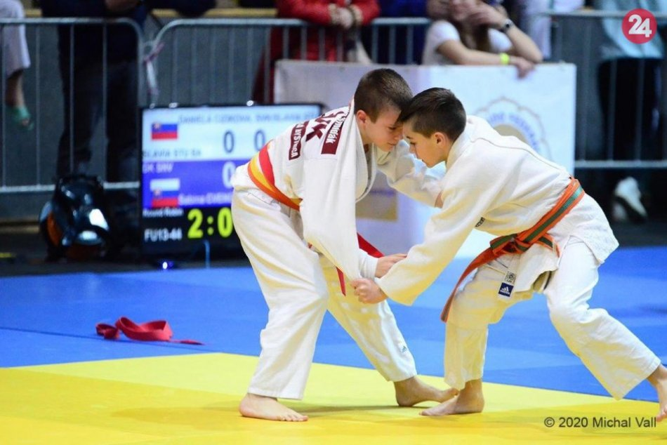 V OBRAZOCH: Mladí Banskobystričania získali na turnaji najviac medailí