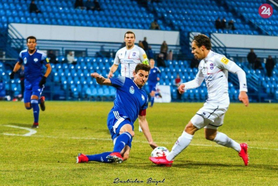 Štvrťfinále Slovnaft Cupu: FC Nitra - FC ViOn 1:1, 4:5 z 11 m