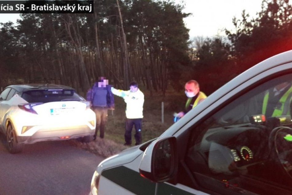 Maďarský vodič nerešpektoval na hranici políciu