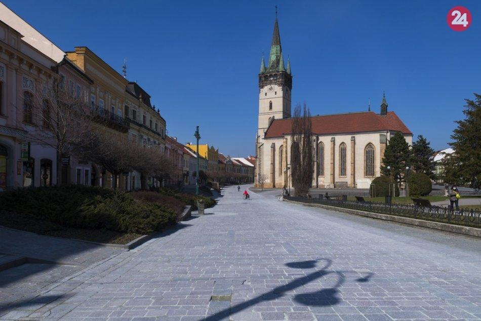Obrazom: Vyľudnené centrum Prešova