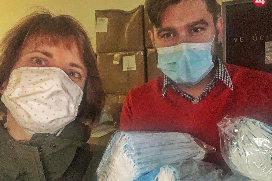 V OBRAZOCH: Ľudia sa spojili a pomáhajú bystrickým nemocniciam