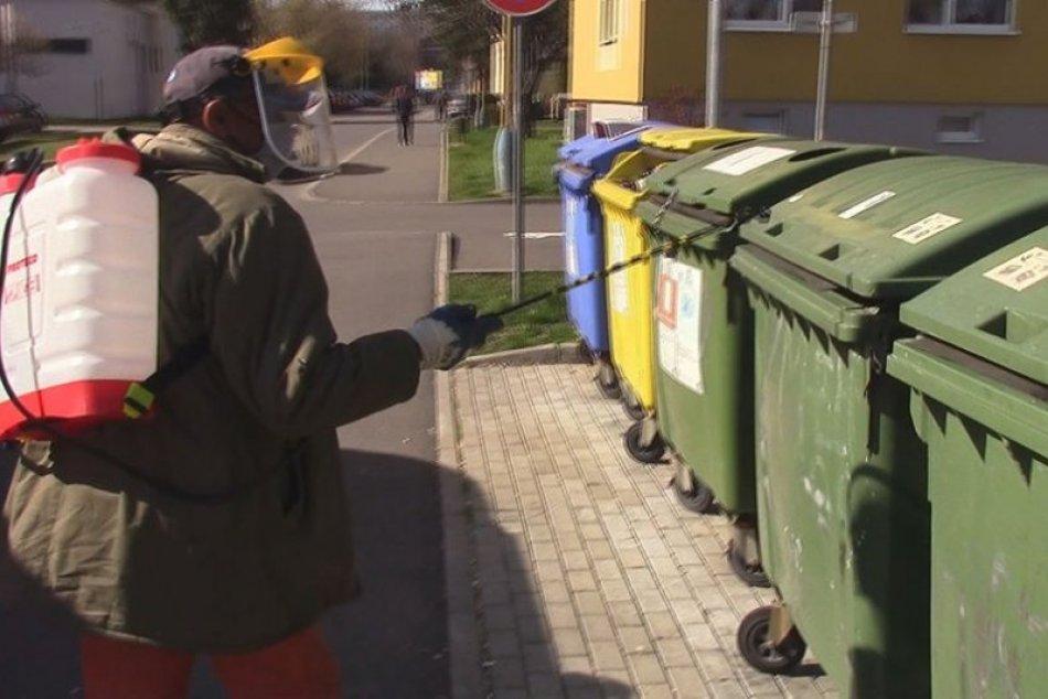 Počas pandémie dochádza v našom meste k dezinfekcii verejných priestranstiev