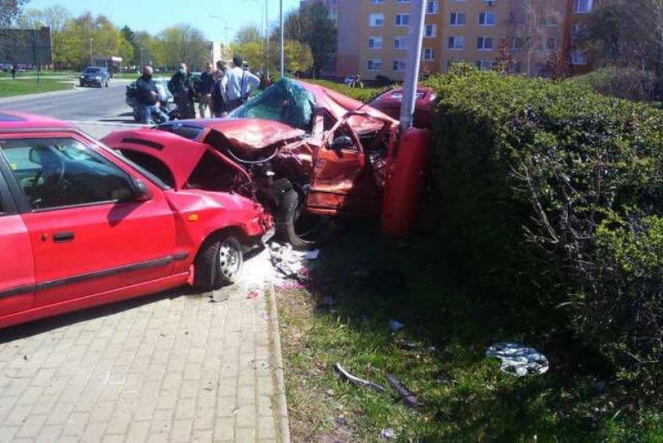 Vodič zdemoloval 5 áut