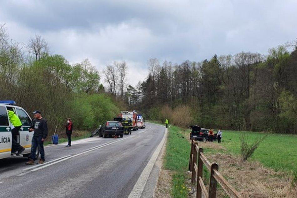 FOTO z nehody medzi Prečínom a Domanižou