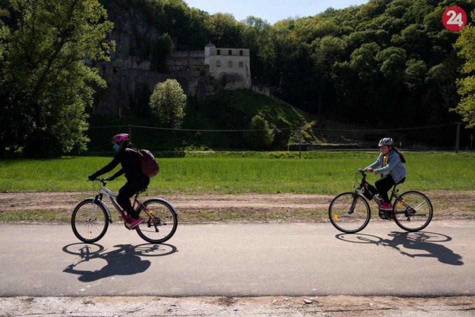 FOTO z novej cyklotrasy v úseku Trenčín - Nemšová