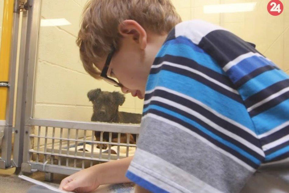 Deti čítajú psíkom v útulku