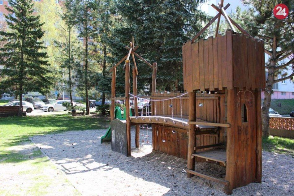 V OBRAZOCH: Otvorené detské ihriská v Bystrici