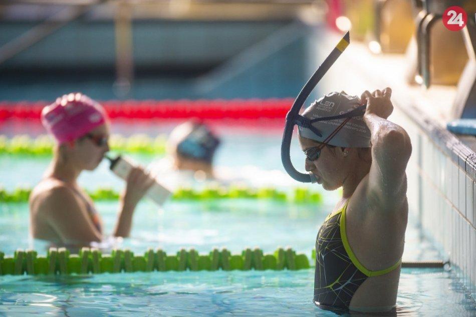 FOTO: Po korona pauze slovenskí reprezentační plavci opäť trénujú