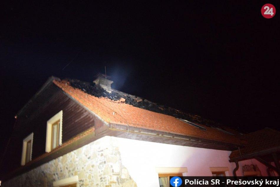 FOTO Z MIESTA: V areáli penziónu v Humenskom okrese došlo k požiaru