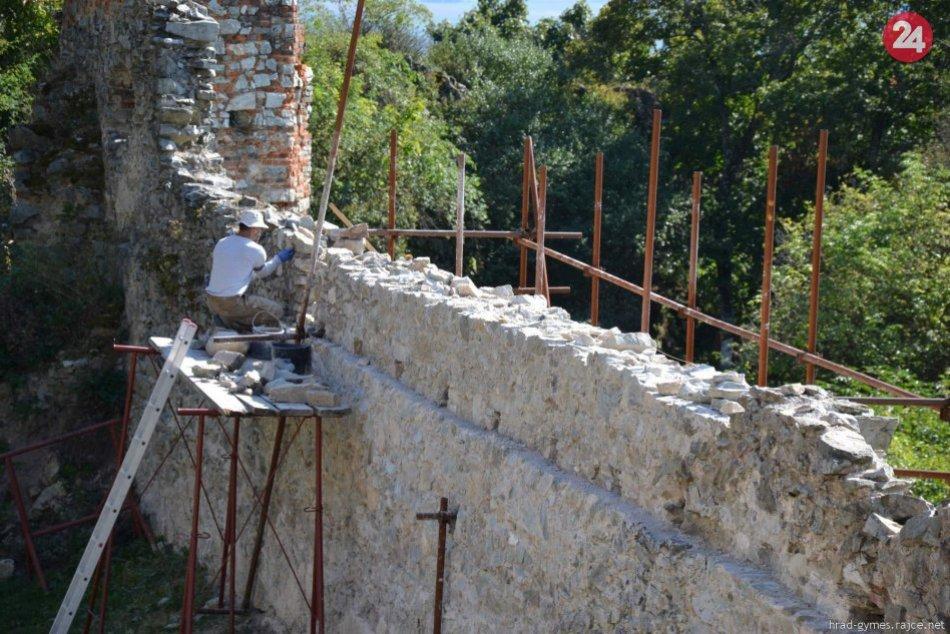 Práce na hrade Gýmeš