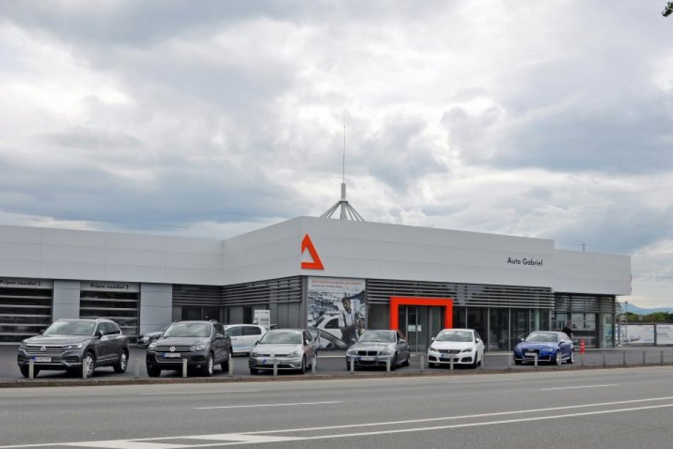 Centrum pre karosériu a lak v Košiciach: Takto vyzerajú nové priestory