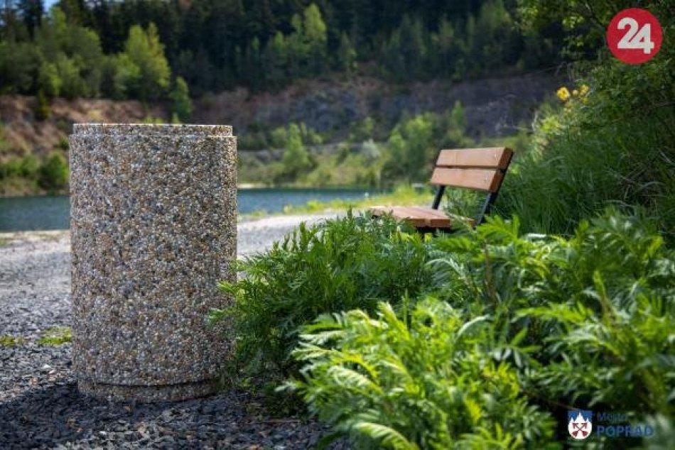 V lome na Kvetnici pribudli lavičky, koše a mobilné toalety
